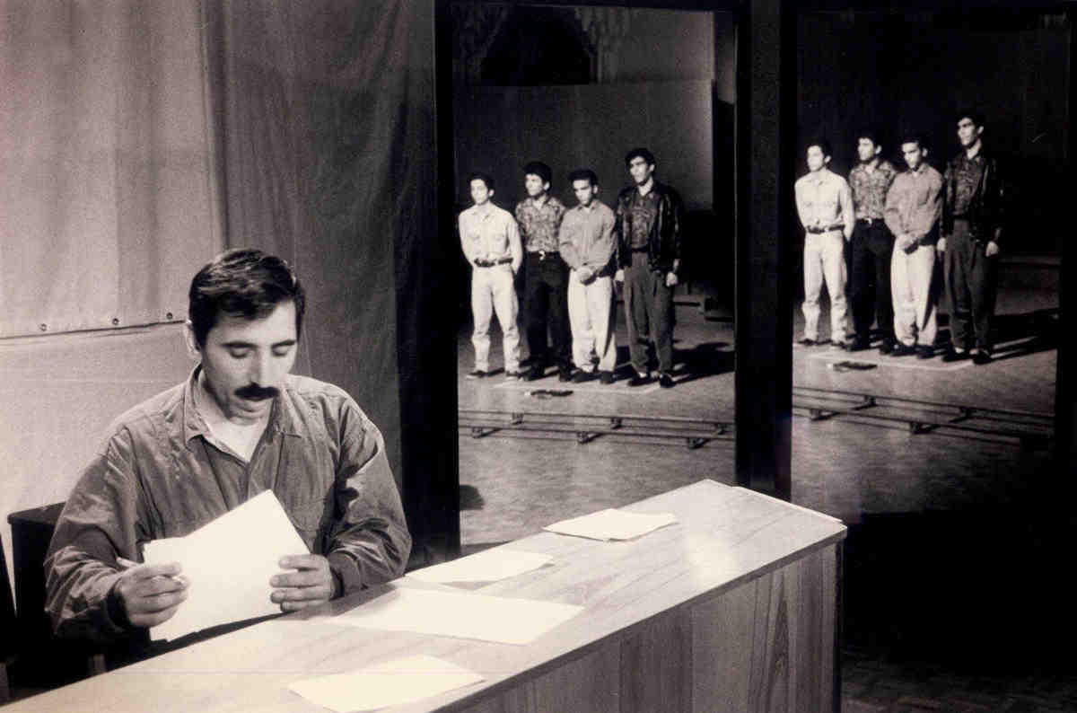 Mohsen-Makhmalbaf-Salam-Cinema.jpg